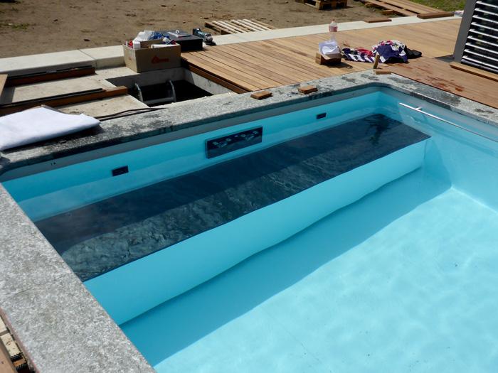 rolladenabdeckung unterflur schwimmbadabdeckung infoportal fkb schwimmbadtechnik. Black Bedroom Furniture Sets. Home Design Ideas