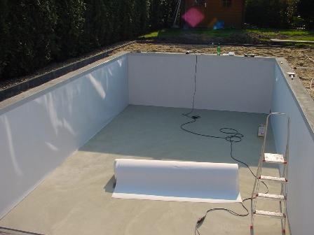 poolauskleidung mit folie schwimmbad selbstbau magazin fkb schwimmbadtechnik. Black Bedroom Furniture Sets. Home Design Ideas