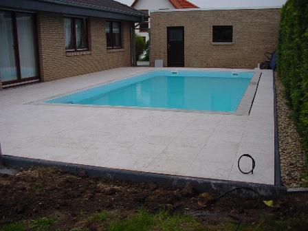 die terrasse schwimmbad selbstbau magazin fkb schwimmbadtechnik. Black Bedroom Furniture Sets. Home Design Ideas