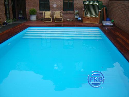 betonbecken mit folieauskleidung schwimmbeckensysteme schwimmbecken infoportal fkb. Black Bedroom Furniture Sets. Home Design Ideas
