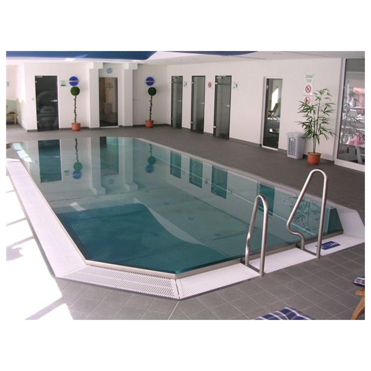 Schwimmbecken Aus Edelstahl Mit Uberlaufrinne Und Treppe Fkb