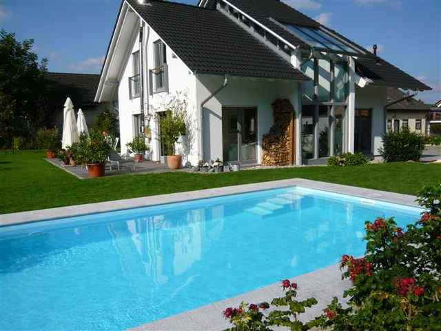 Private frei schwimmbecken in de galerie fkb for Pool stahlbecken
