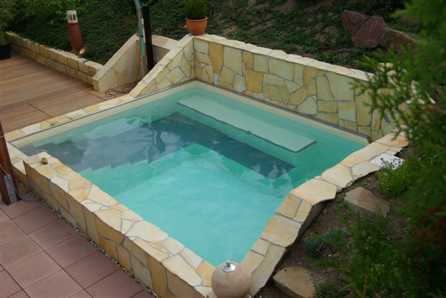Fkb Schwimmbadtechnik schwimmbecken 3x6x1 5 m sand mit treppe und sitzflächen fkb
