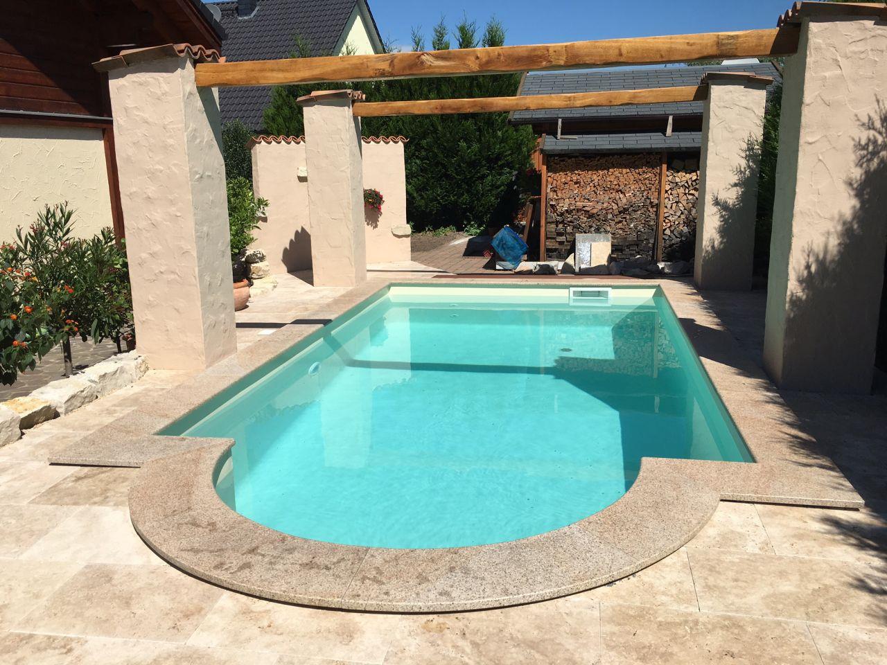 Schwimmbecken 3x5x1,50m mit römischer Treppe